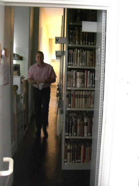 2008.06 le 12 ARRAS médiathèque avec Sorj Chalandon (20)