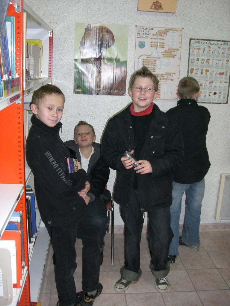 2008.11 le 18 Enfants de l'Ecole à la Bibi le mardi (11)