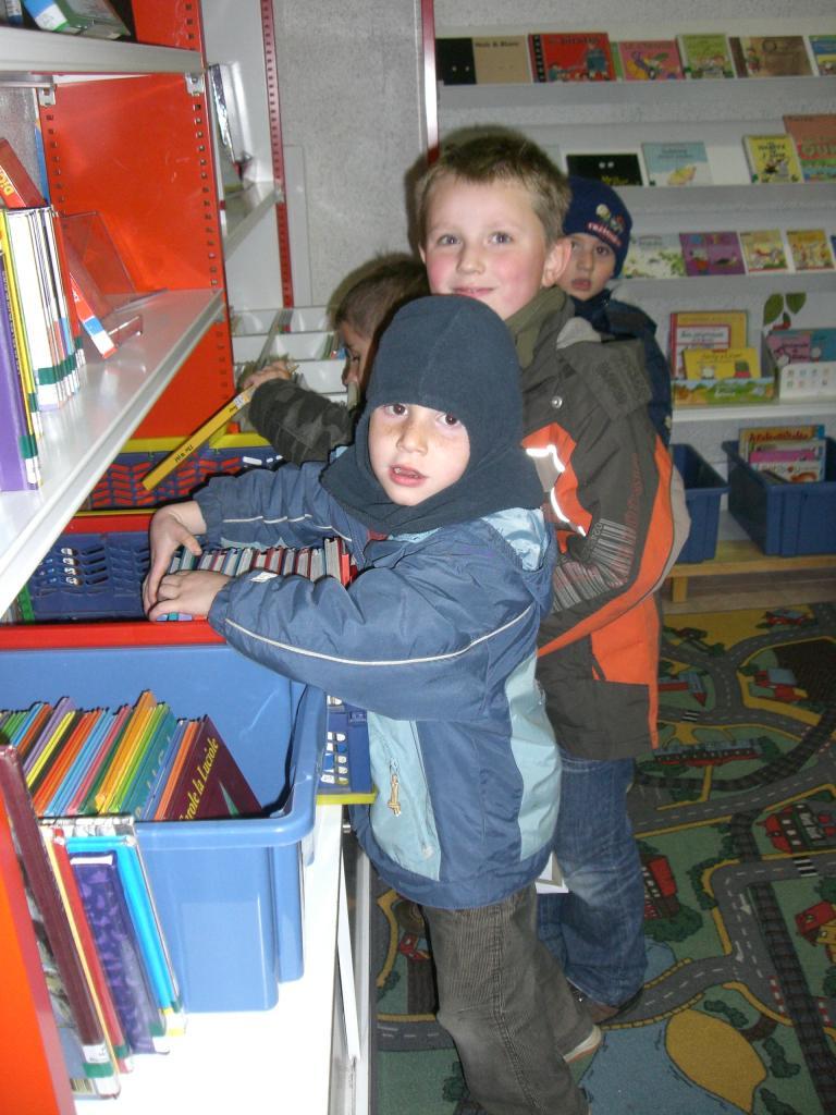 2008.11 le 18 Enfants de l'Ecole à la Bibi le mardi (16)