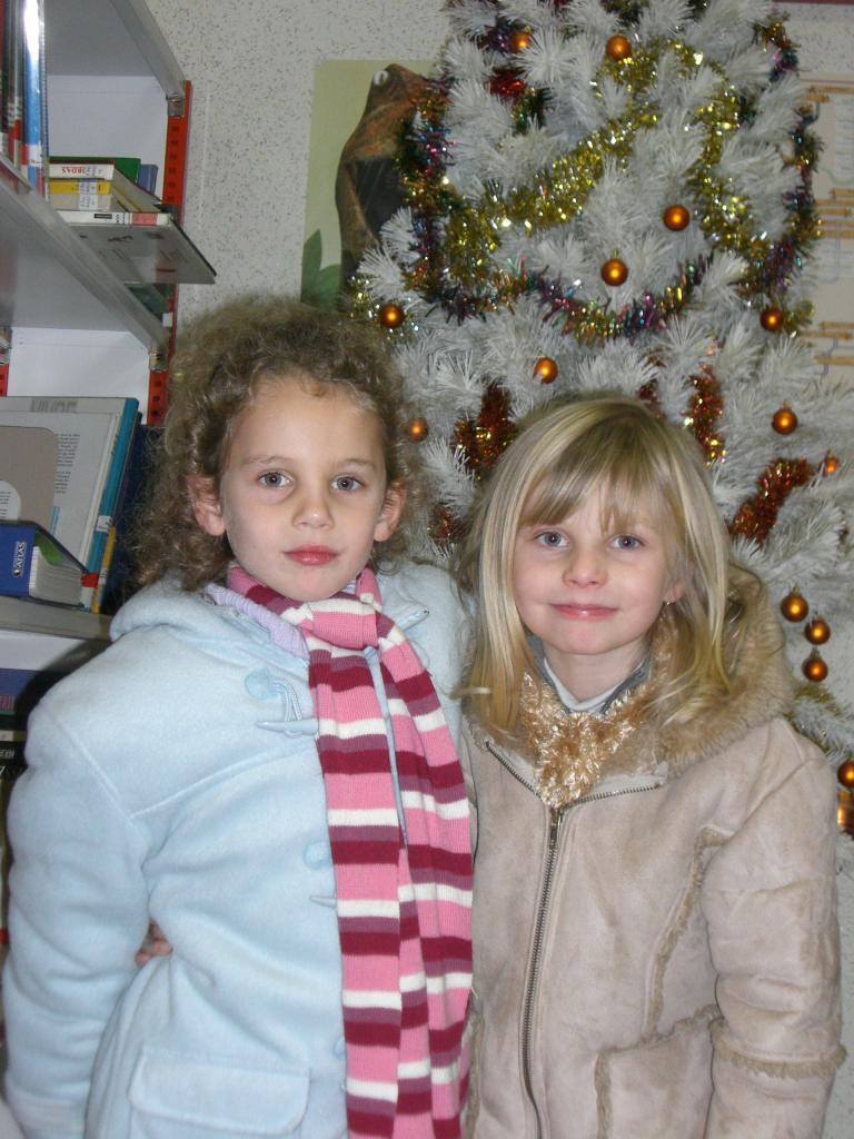2008.12. le 11   Enfants Noël Bib. (10)
