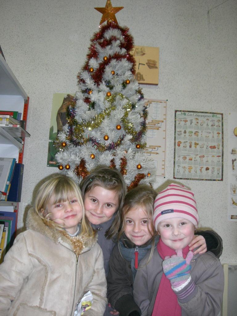 2008.12. le 11   Enfants Noël Bib. (3)