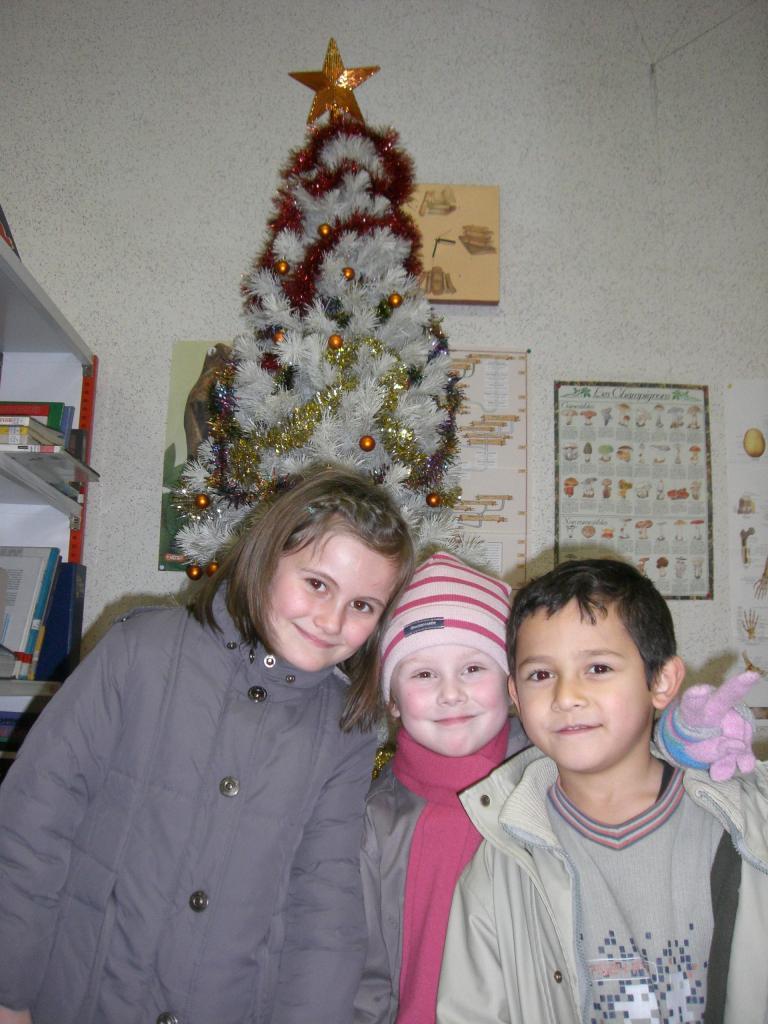 2008.12. le 11   Enfants Noël Bib. (5)