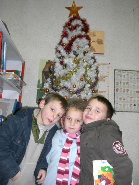 2008.12. le 11   Enfants Noël Bib. (7)