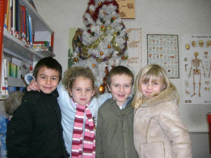 2008.12. le 11   Enfants Noël Bib. (9)