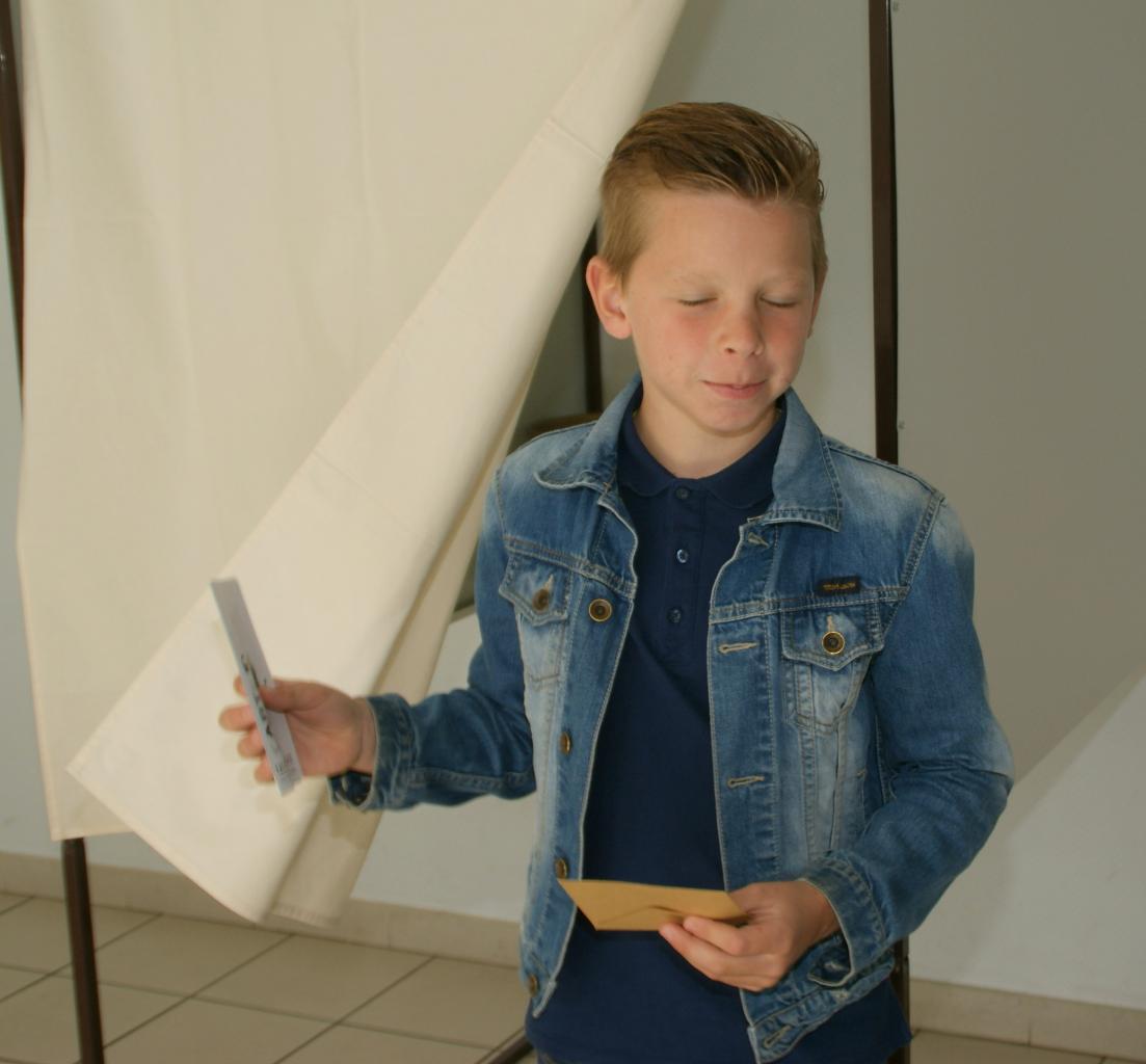 2017.05 le 16 Vote classe de Mme Kaszynski (15)
