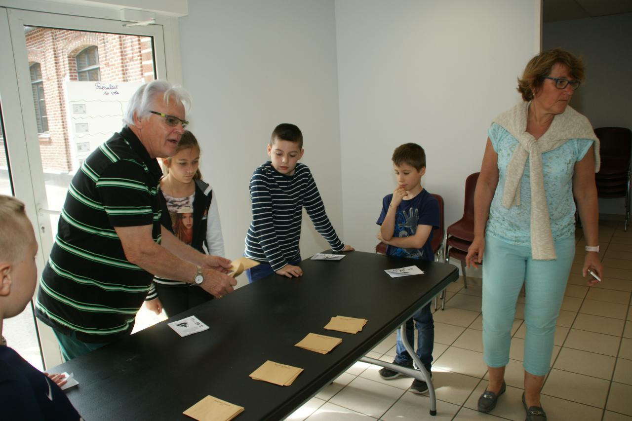 2017.05 le 16 Vote classe de Mme Kaszynski (26)